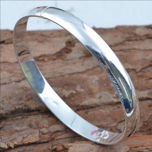 """Jewelry - 925 Stamped SS 7.5"""" Bangle Bracelet NWT"""